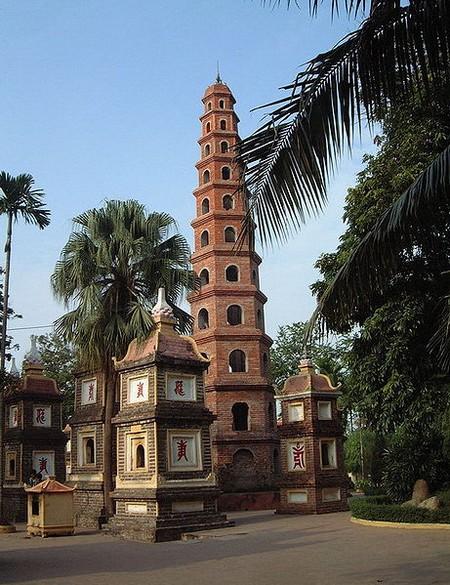 pagode-tran-quoc-hanoi