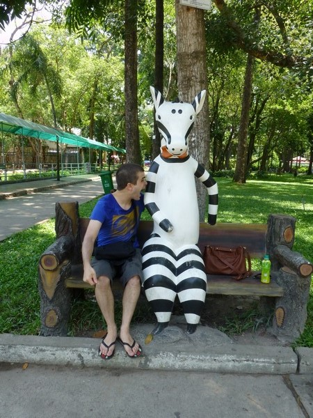 martin-et-zebre-zoo-hcmc