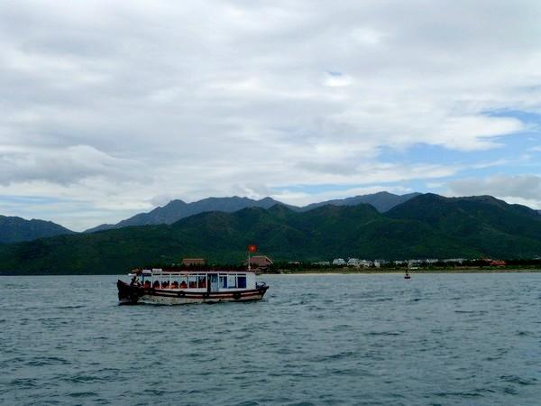 bateau-baie-de-nha-trang