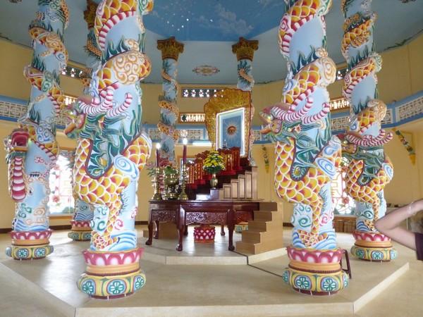 autel-temple-cao-dai-dalat