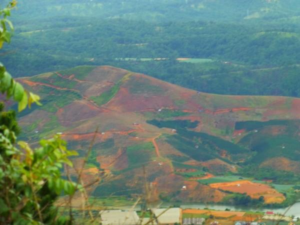 montagne-coloree-dalat