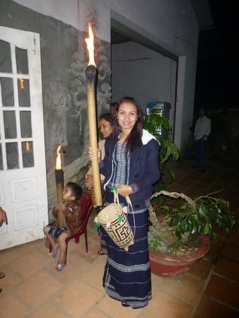 vietnamienne-et-torche