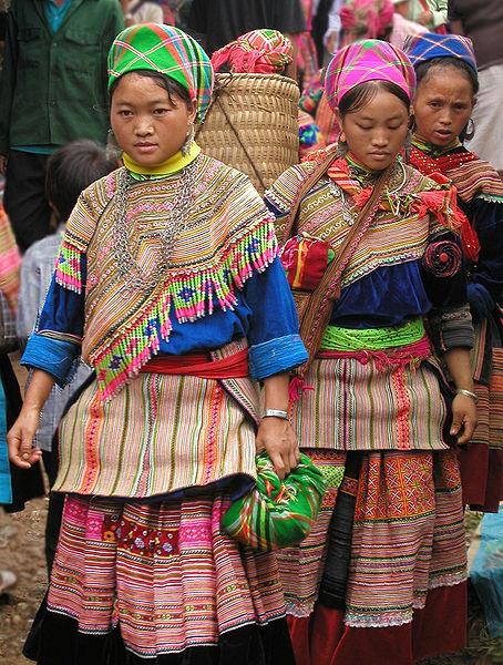 femmes-hmong-sapa
