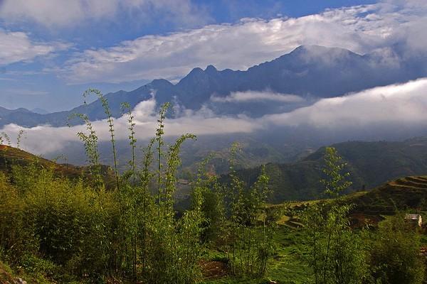 montagnes-pres-de-sapa